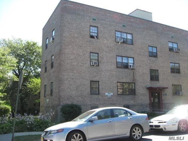 office location 140-21 Queens blvd