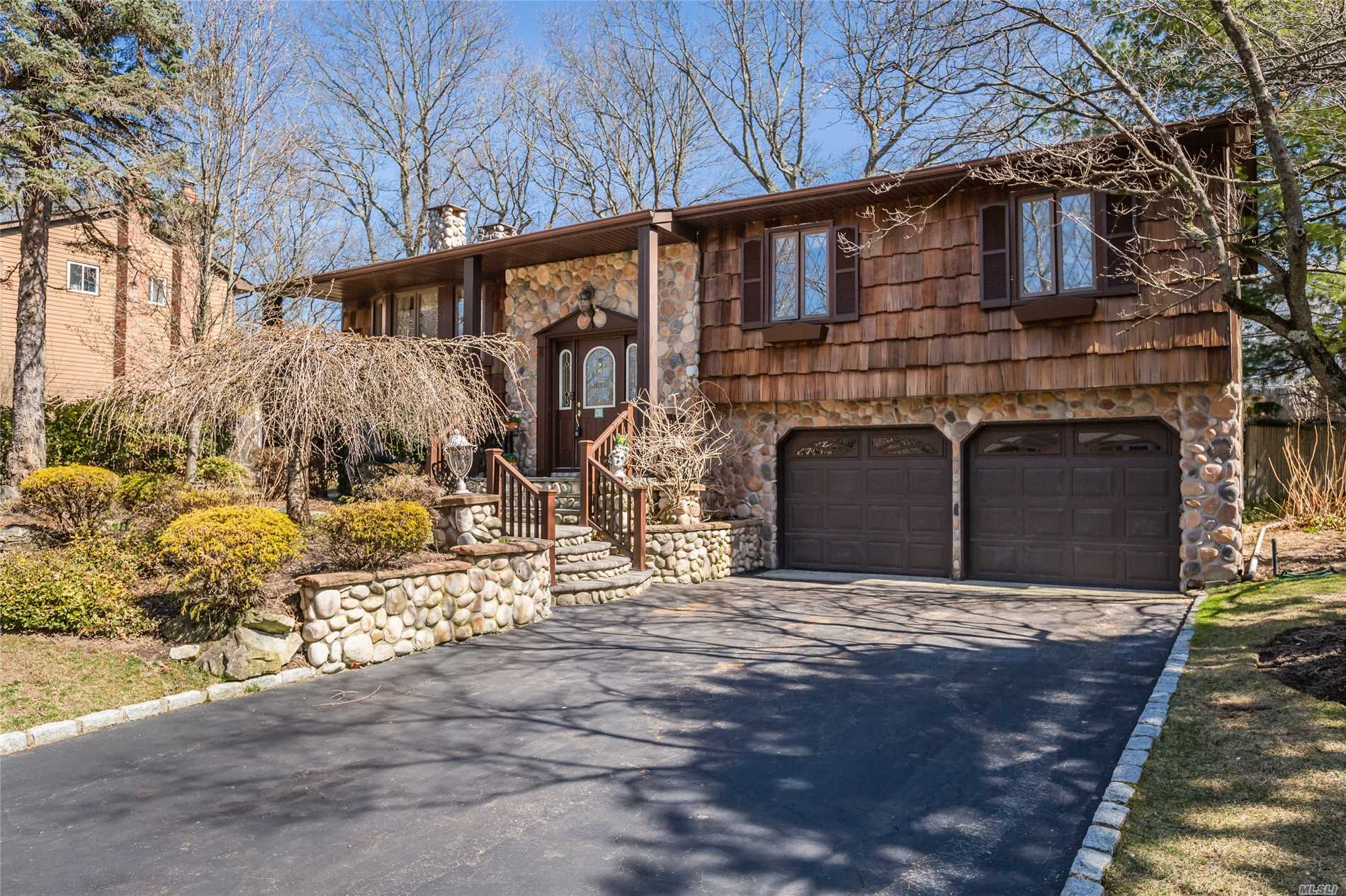 Offered In Value Ranch $489, 000-$568, 875. Come See This 4 Bedroom Hi-Ranch In The Desirable Commack Bird Community. Amenities Include Updated Spacious Granite Kitchen Wood Floors; Generator; Raised Panel Doors; Renovated Bath W/ Jet Tub; Pool & New Roof.  Commack Schools( Wood Park + Saw Mill Elem). Do Not Miss This One!