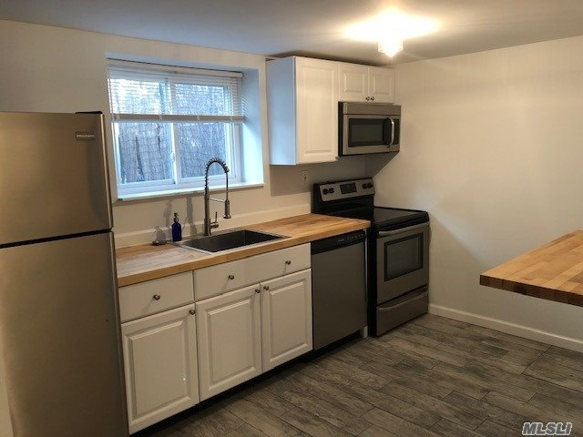 Lovely renovated 2 brs, new appliances, new floors, w/d, lots of closets, parking, dead end street, pets ok (small dog) close to pool, beach, park, tennis, stores and transportation.