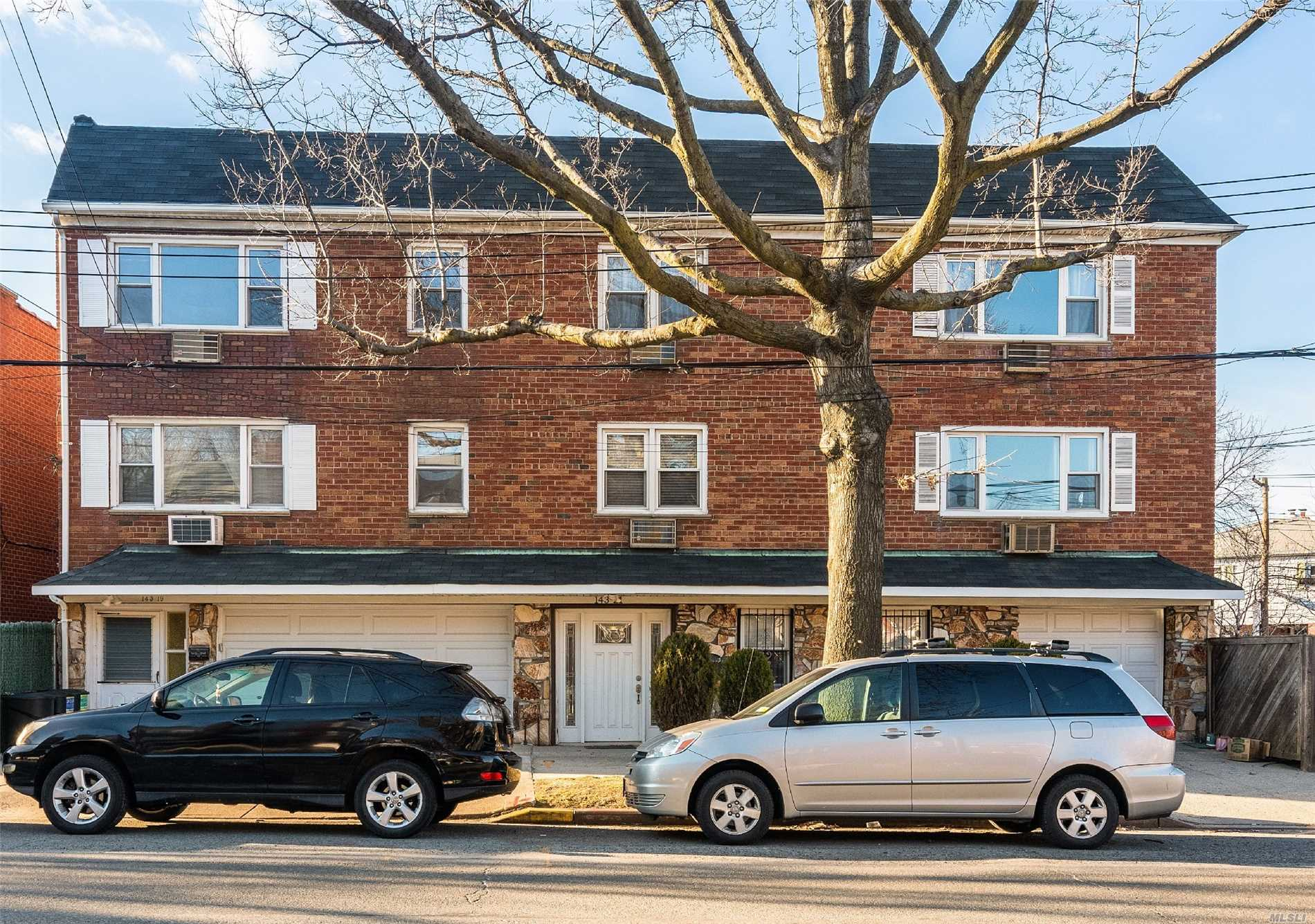 Beautiful brick legal two family situated in the border line of Flushing and Whitestone. above ground 3 levels plus finished basement with separate entrance to the back yard. Mint condition, 1st and 3rd floor already vacant, move in condition. conveniently located next to bus stop, school, supermarket! few minutes to downtown flushing. The frontage of this property is on union st and 25th ave.