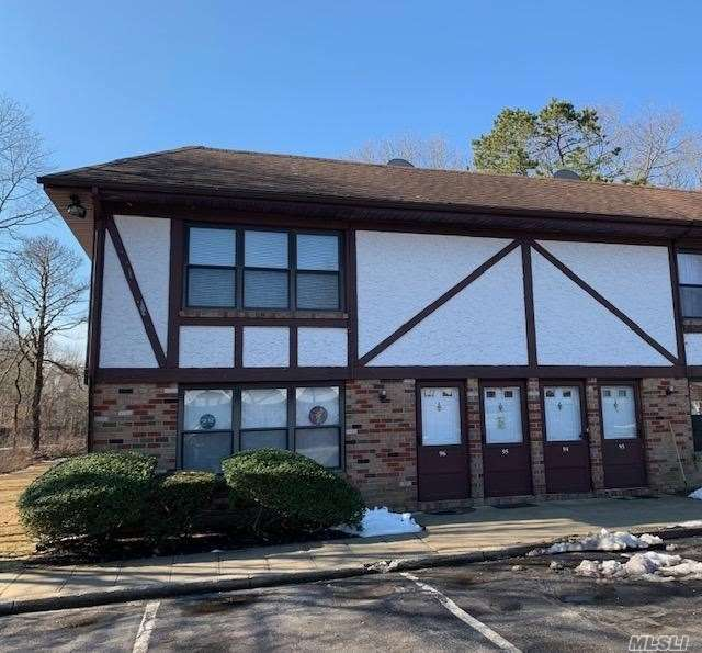 ****Nicest Unit In Hidden Meadows Development**** Updated Kitchen With Stainless Steel Appliances, Updated Bath, Wood Floors Throughout, Large Master Bedroom With Terrace. Full Dining Room With Huge Living Room, New Hot Water Heater And Much Much More. Truly A Must See.