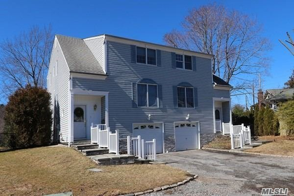 Amazing water views are yours in this private and impeccable spacious 3 bedroom, 2.5 bath Townhouse with first floor living area, second floor bedrooms and finished lower level with full bath and laundry. Sunny home with hardwood floors throughout, eat-in kitchen with glass doors to to deck overlooking beautiful Mill Pond. Located on a quiet cul de sac near the LIRR, beach, town shops and restaurants.