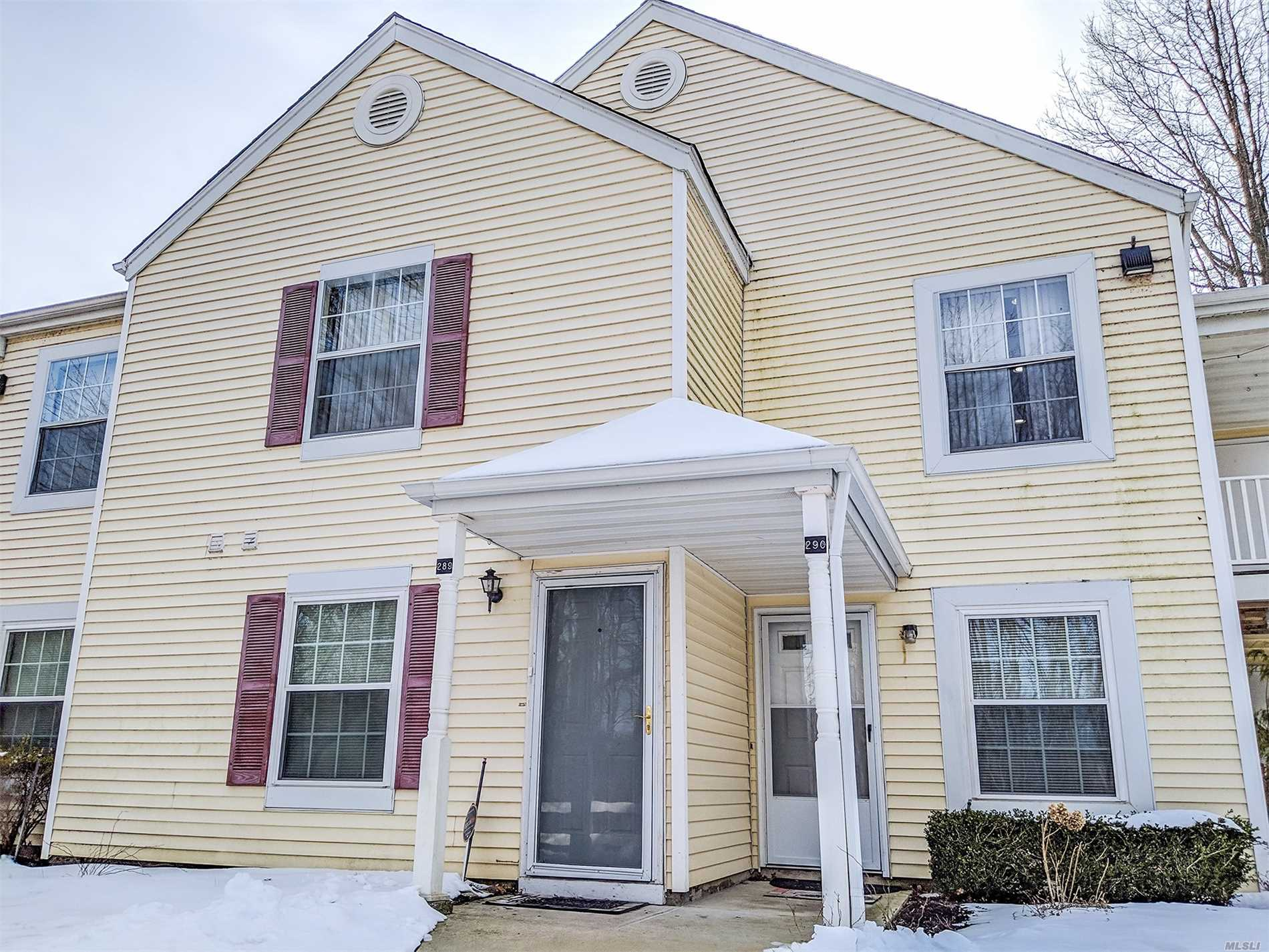 Beautiful 2nd Floor Condo In Fairview Circle. It Features 2 Bedrooms and 1.5 Baths. Master Bedroom has a half bath en-suite,  Large Living Room, Dining Room, Updated Kitchen with Stainless Steel Appliances, Laundry Room, Central Air & Gas Heat! Dont Miss this Move in Ready Condo!