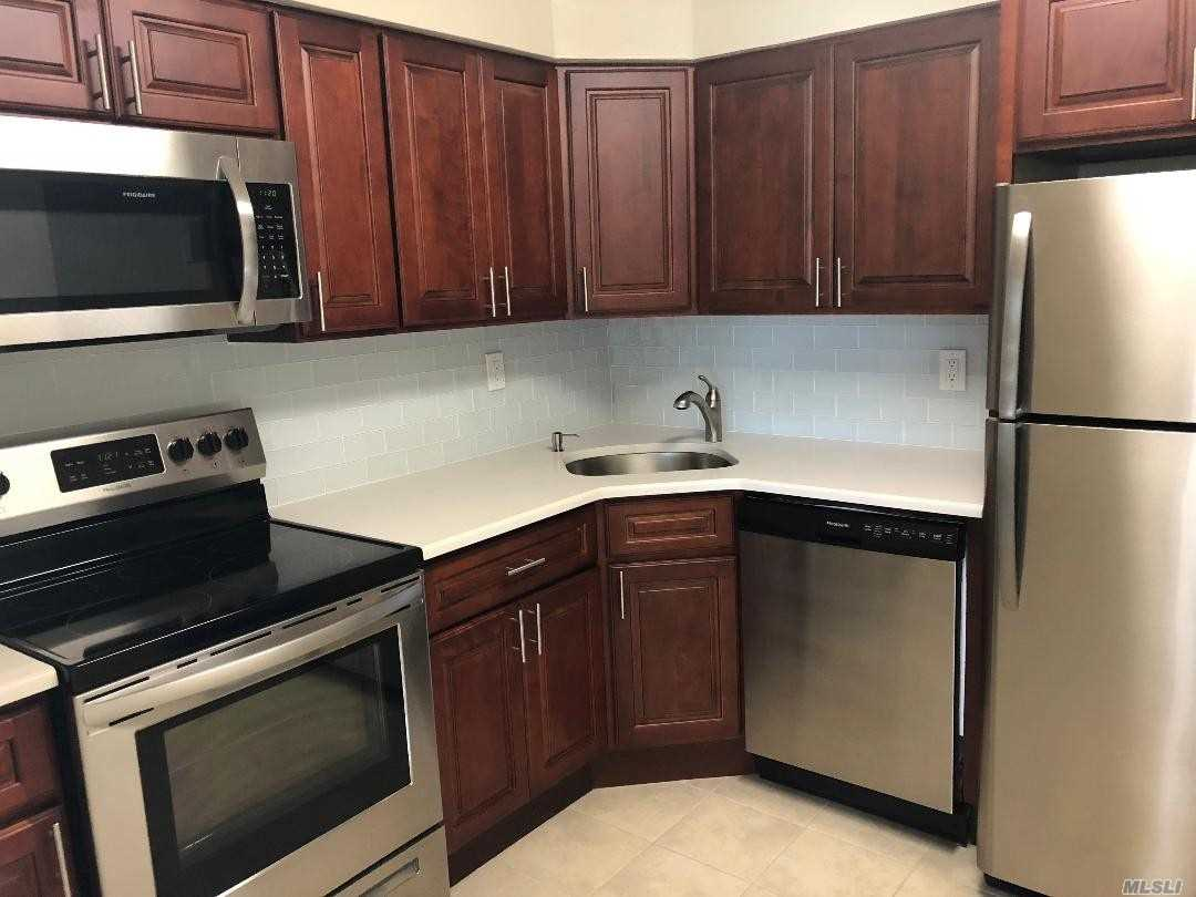 Renovated, beautiful, 3 large bedrooms, new kitchen w/ new appliances, new 1.5 baths, lots of light, washer & dryer allowed. Applicants must provide full credit report, income verification, proper photo ID.