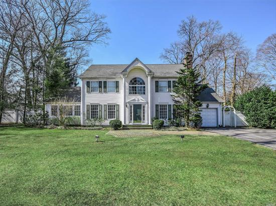 Set on over .5 an acre  this beautiful classic CH Col. located in the prestigious area of Northshore Acres boasts spectacular curb appeal. A two-story entr. it exudes sunlit large spacious rooms and beautiful. HW floors thru-out. Huge eat-in-kitchen, Fam. Rm. w/vaulted architectural ceiling, FDR & LR & Full bth. Upstairs is the Mstr. BR & Bath, 3 family BR's & full bth.. Full fin. bsmt. & add. BR/Office, Ample storage. Rear prop. is prof. landscaped w/speciman plantings & IG salt water pool