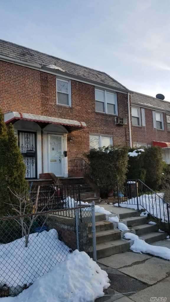 Newly Renovated 2 Bedroom, New Kitchen, New Floors, Conveniently Located 1/2 Block From Blvd, Blocks Away From Q12, Q13, Q27, Q31, And LIRR. Utilities Not Included. Zoned For P.S 26