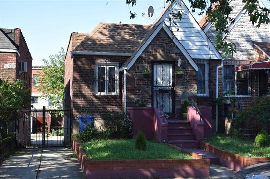 NEWLY RENOVATED INSIDE AND OUT. CLOSE TO TRANSPORTATION, SCHOOLS, SHOPPING, ETC