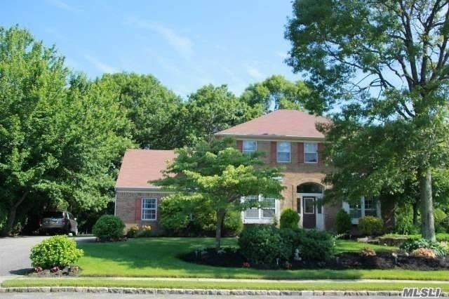 Nice Home in a Cul De Sac Community, Near All Services,  Top Hauppauge Schools and Shopping Centers, Highly Desirable Location. Close to Hauppauge Industrial Park.