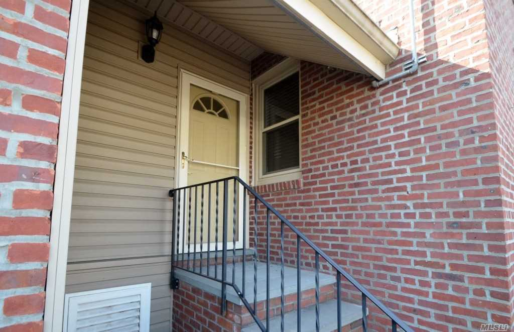 Totally Renovated Mint 2 Bedroom Apartment. Granite Kitchen, Wood Floors Throughout. Fenced in Yard with Patio.