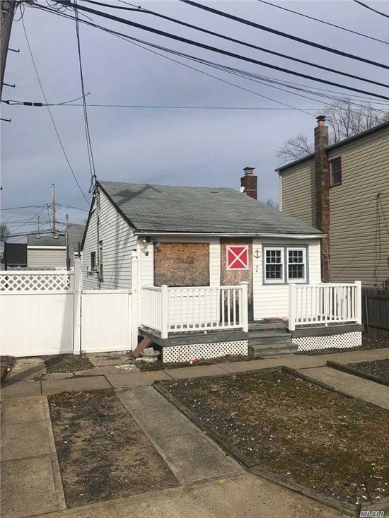 Calling All Investors!!! This is not a Short Sale or Foreclosure. Cash Only