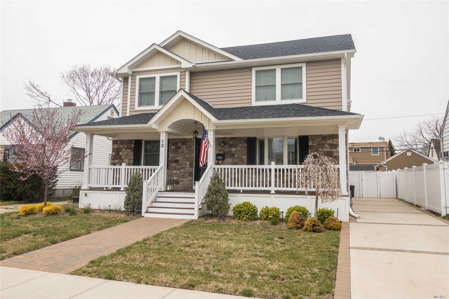 Words Like Beautiful or Magnificent come to mind when describing this house that was Built by a well known builder. This True 4 Bedroom 2.5 Bath Mint Colonial has everything and more. Large Extended Kitchen with Marble counters, Stainless Steel Appliances, Pantry, Island, Gas Cooking, with Open Floor Plan Perfect for entertaining.The Master Bedroom Features 2 WIC and Master Bath. 3 Large Bedrooms, Crown Molding, CAC, Hardwood Floors Central Heat, Patio, Front Porch, and more!