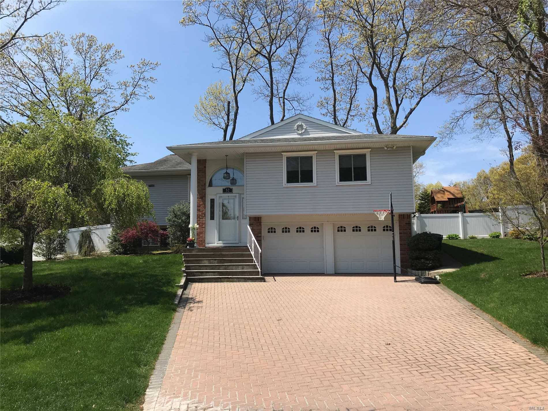 Diamond Condition Raised Ranch in Desirable Pickwick Development w/Private Beach. Kitchen w/Lots of Cabinets, SS Appliances & Pantry, Liv Rm w/Brick Wood Burning Fpl. & Cathedral Ceiling, Dining Rm w/Slider to Deck, Den/Playroom, Bath Updates, 2 Car Garage w/New Doors & Openers, Central A/C, Engineered Wood Floors, Thermopane Windows, Arch. Roof, Newer Vinyl Siding, Front Storm & Doors, Nice Yard w/Cement Patio, Deck,  Shed, IGS, Wooden Play Set & Room for a Pool. Nice Street & Close to Town.