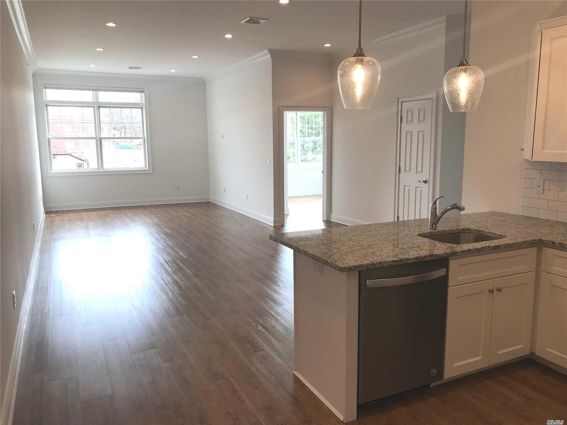 Huntington's Newest Luxury Apartments featuring 10 Ft Ceilings, Granite Counter Tops, Washer/Dryer, Storage Unit , Audio/Visual System In Place To Communicate & Allow Guest In, Super On Site, Private Parking And More. Easy Access W/ Elevator. Pets Welcome (25 Lb. Weight Limit) $500. Pet Fee.