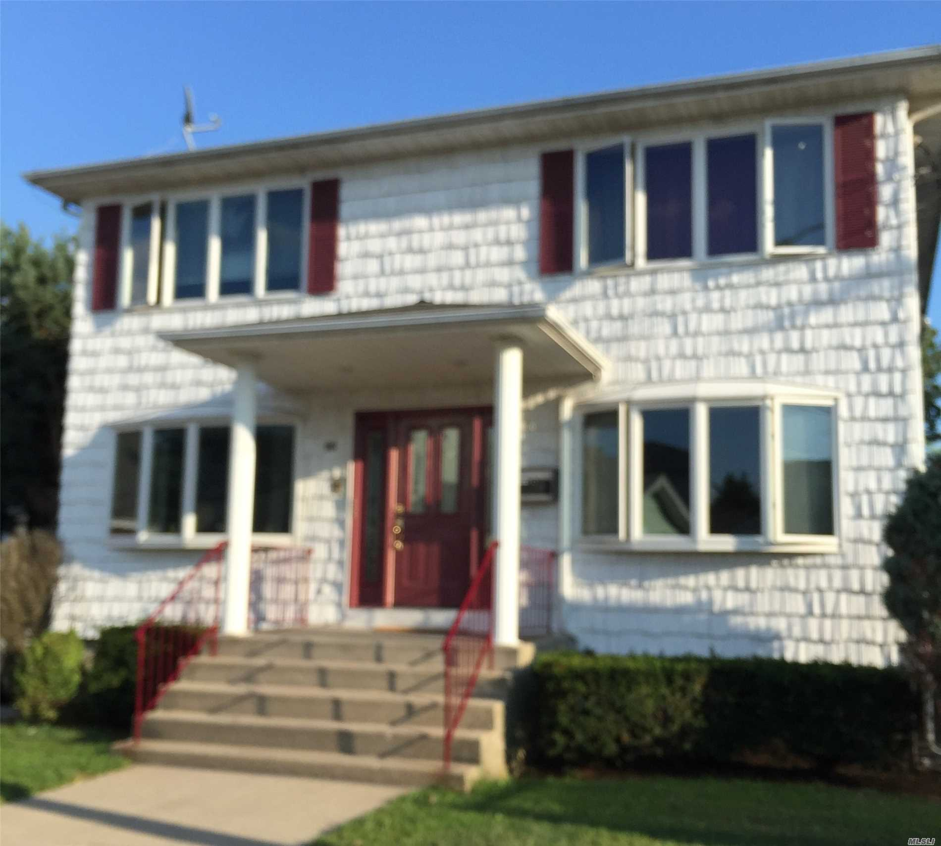 50 & Over clean, bright 1 Bedroom Apartment, recently updated Bath & Kitchen, Laundry on premises. Parking in municipal lot in front of building. Landlord pays all parking permits. Walking to RR, shopping, restaurants, houses of worship