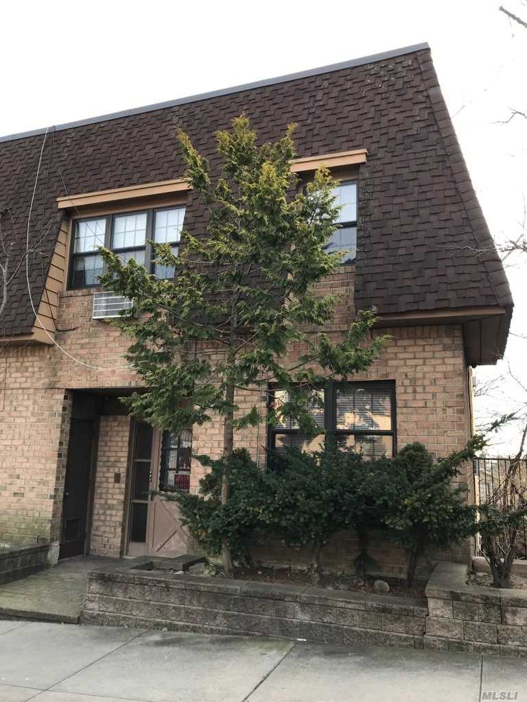 Rare Brick Two Family Condo Unit In A Prime Woodhaven Location. Three Bedroom Apartment On The Second Floor & Two Bedroom Duplex On A Lower Level. 5 Bathrooms. Two Parking Spaces. Nice Backyard. Surrounded By Forest Park. Short Walk To J & Z Subway Station And Multiple Bus Lines.