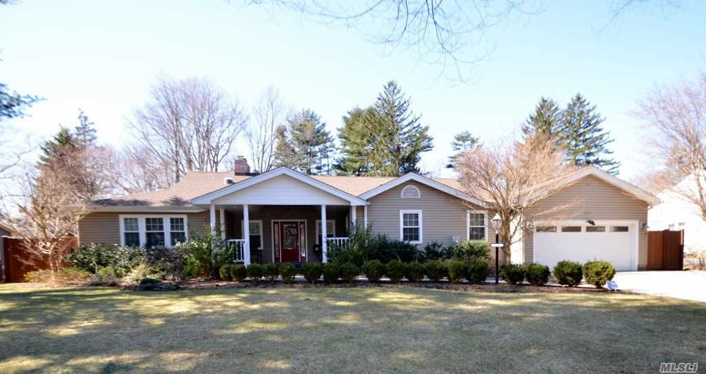 Stunning Ranch Over 4000 Sq Ft. Set on Close to 1/2 Acre Property. Prime Sea Cliff Location! Ef, Lg Eik, Fdr, Lr w/Fpl, Master Suite with His/Hers Walk In Closets & Full Bath w/Radiant Heat. 3 Addl Bdrms, 2 Addl Full Baths, Mud Rm with Half Bath and Laundry Rm. So Much More! Come See for Yourself!!