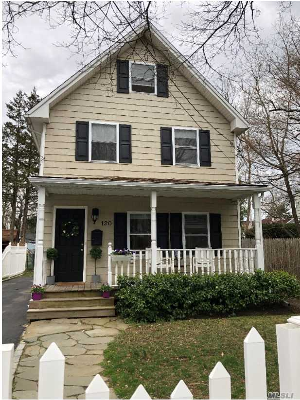 Charming Renovated 3Br/2 Bth Colonial On Picturesque Setting! Pets Welcome!