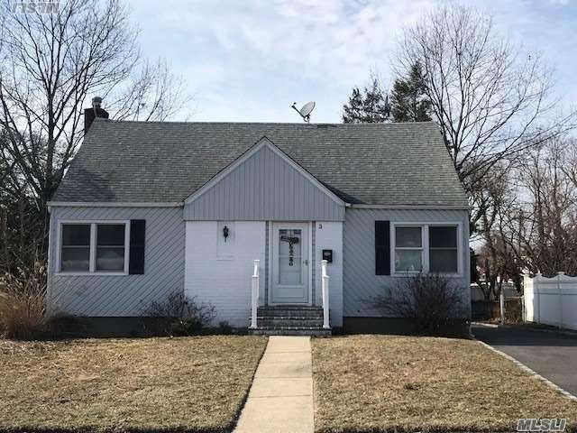 WOW! Come See This Great Home. Spotless And Ready To Rent. Wood Floors Throughout, Granite & Tile Eat In Kitchen, Finished Basement, Hugh Yard & Patio. Willets Elementary, HBT Middle School, SHS