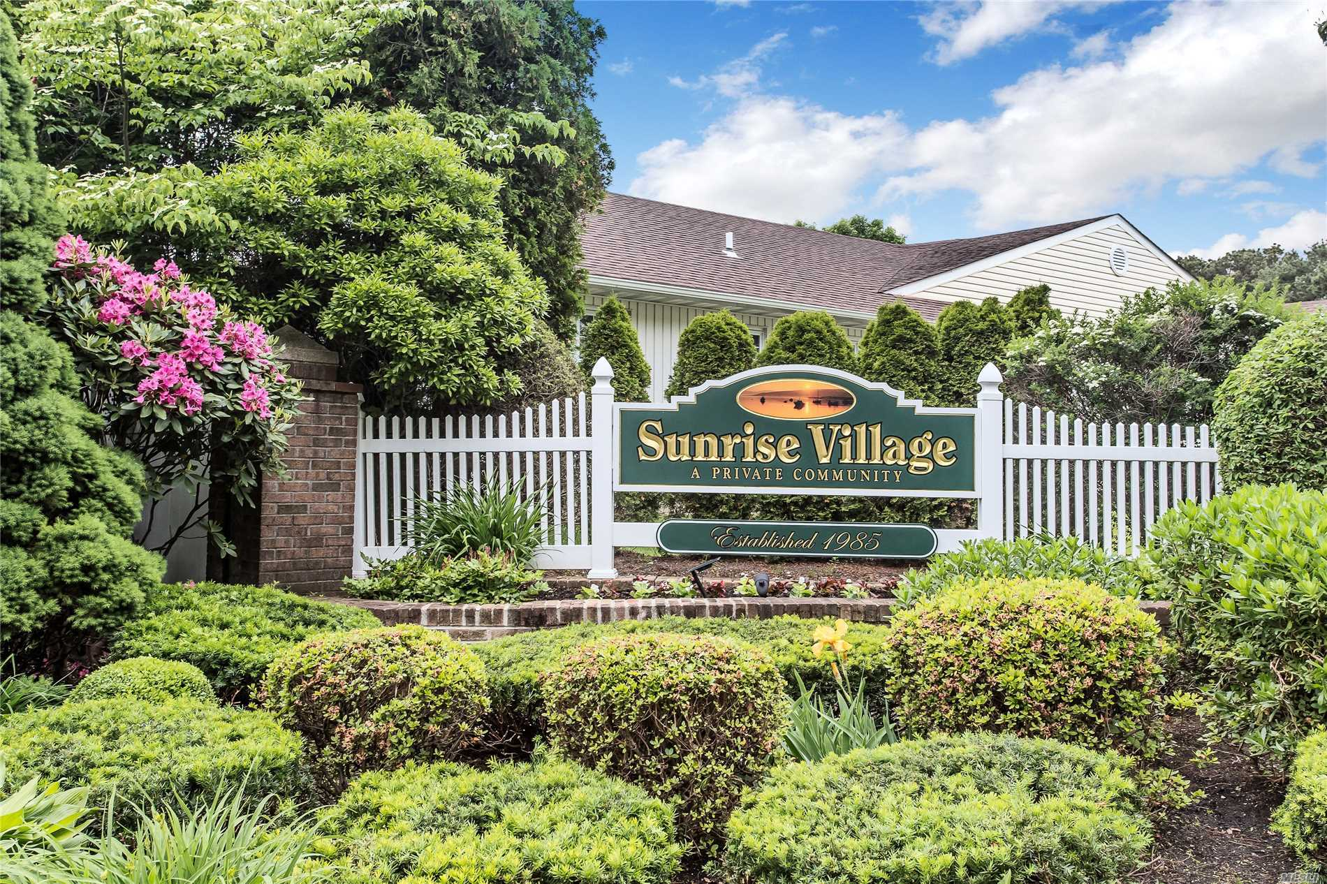 Immaculate, Turn Key Unit! Carlise Model. Master bedroom with walk in closet and full bathroom. Second bedroom and full bathroom, pretty kitchen with crisp white cabinetry. Tons Of Storage, Laundry/Mudroom, Attached Garage. Must See!