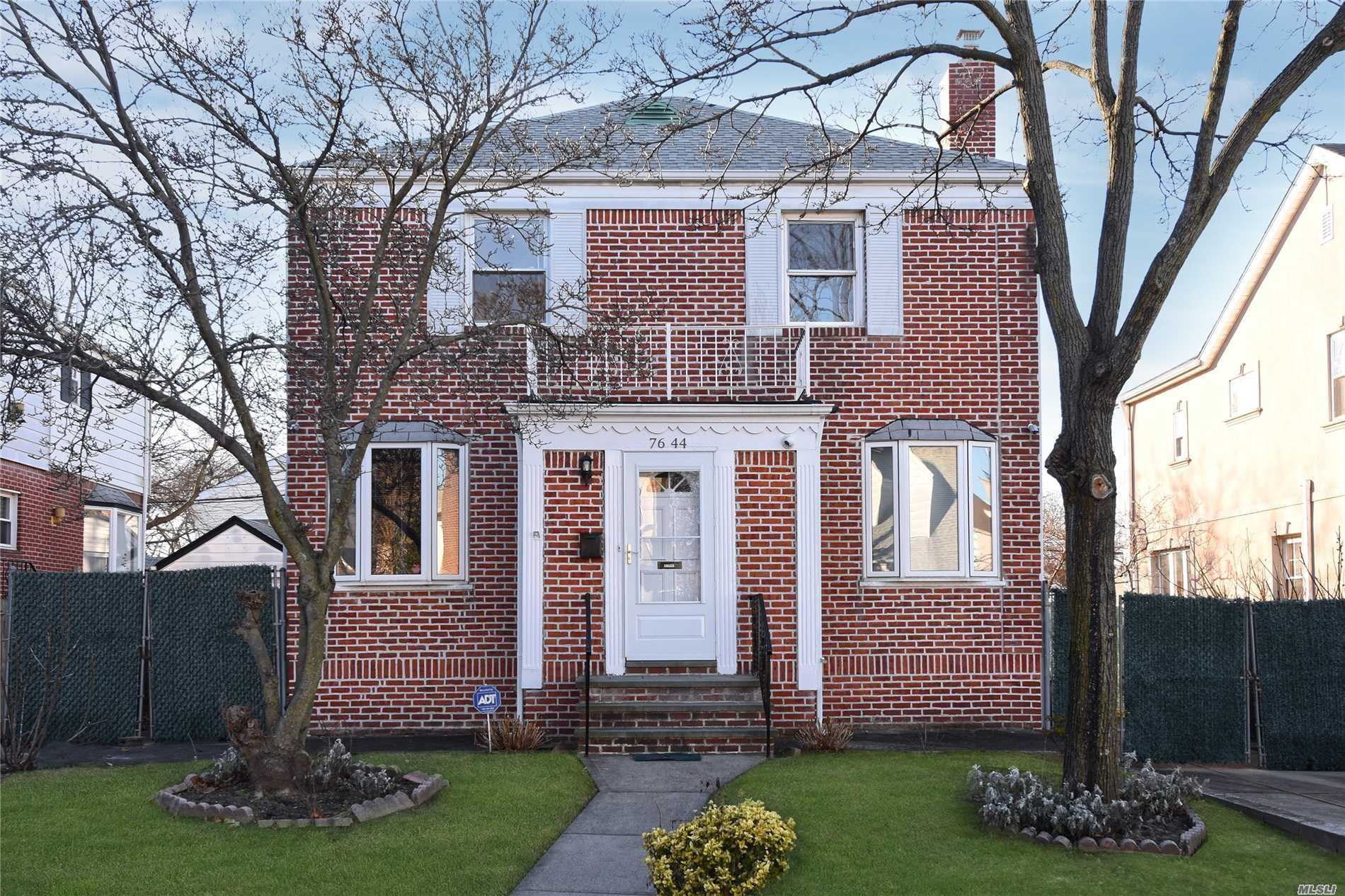 Step Into This Fully Renovated House Located In The Heart Of Fresh Meadows. This Home Is Situated On An Oversized Lot. 3 Bedrooms 2.5 Bathrooms And A Family Room. Full Finished Basement.
