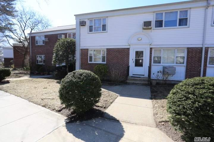 2 Bedroom 1 Bath Deluxe Upper unit in Bay Terrace Gardens. Maintenance Of 789.17 Includes' 3 Air Conditioners, Washer,  Dryer, Gas & Electric. Walk To Bay Terrace Shopping Center, Library, Elementary / Middle School, Express Bus, Local Bus, pool Club (Not Part of Coop)