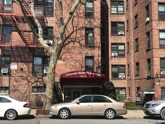 Spacious, Sunny Studio with lots of closet space, large, full kitchen and foyer. Great Location. Close to shopping, buses, dining, and subways. Board Approval & Application Fee.