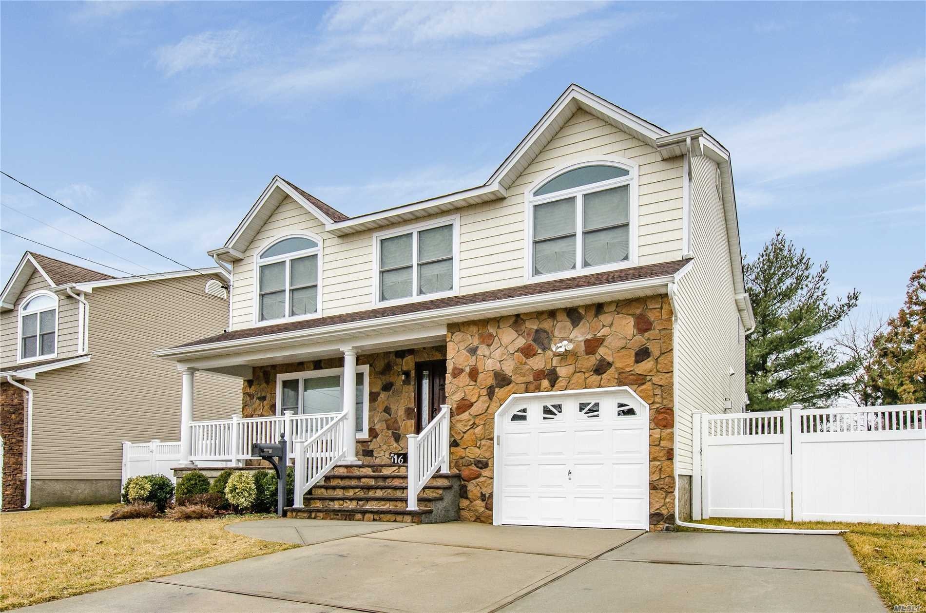 Better Than New, 4 Year Young Colonial, 4/5 Br, 3.5Ba, Huge Eik W/Granite Island S/S Appliances, Formal Dining, Den W/Gas Fireplace, Deck Doors To Backyard..5 Bath, F/F W/D Room, Magnificent Master Suite W/Jacuzzi Tub, 2 Walk In Closets, 3 Nice Size Bedrooms, Full Bath, Beautifully Redone Full Finished Basement, W/Room For Mom, W/D Hookup.3 Zone Heat, 3 Zone Cac. 6.64% Tax Reduction 19/20.Grievance Filed For 20/21.....