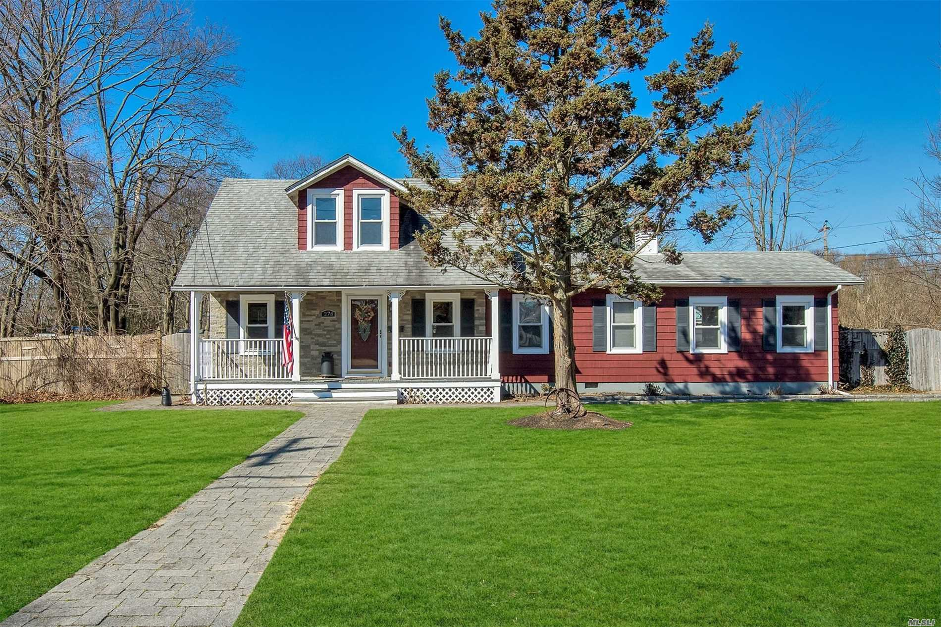 Fully Expanded Cape offers Updated Kitchen with Stainless Steel Appliances, Hardwood Floors, Master Suite upstairs with Full Bath. Attention all car guys - Detached 2 Car Garage with huge walk up Loft! All on Huge Lot, Islip Schools. Won't Last!