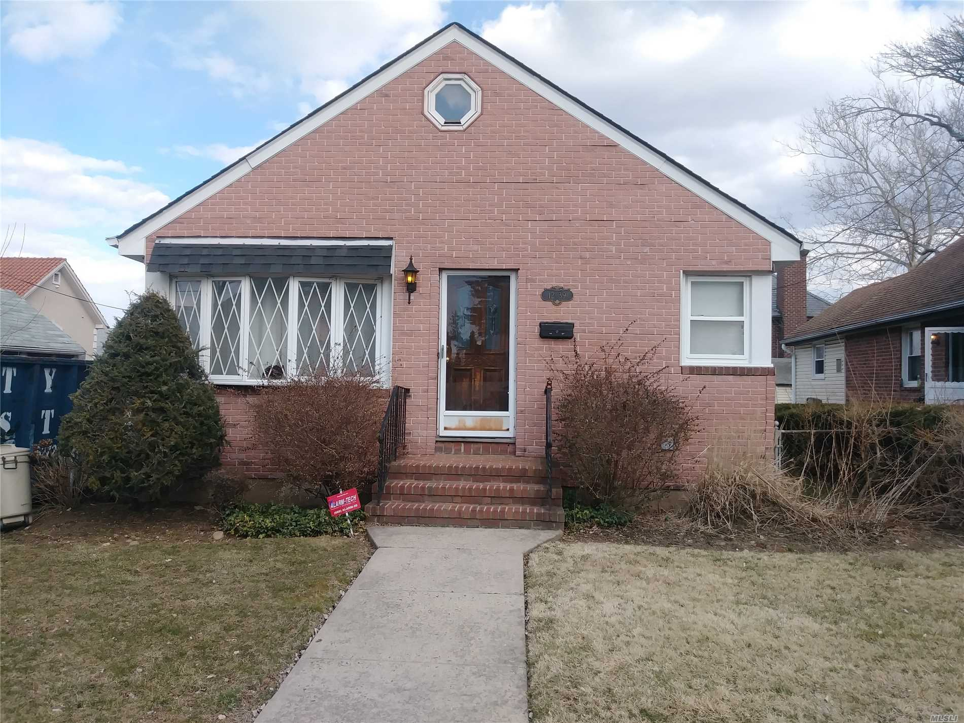 BIG cape on quiet street. Living room 3 bedrooms 1.5 Bathrooms. Formal Dining room , Eat in Kitchen and formal Den with wood Fire place. Full finished basement with laundry room. Large beautiful backyard