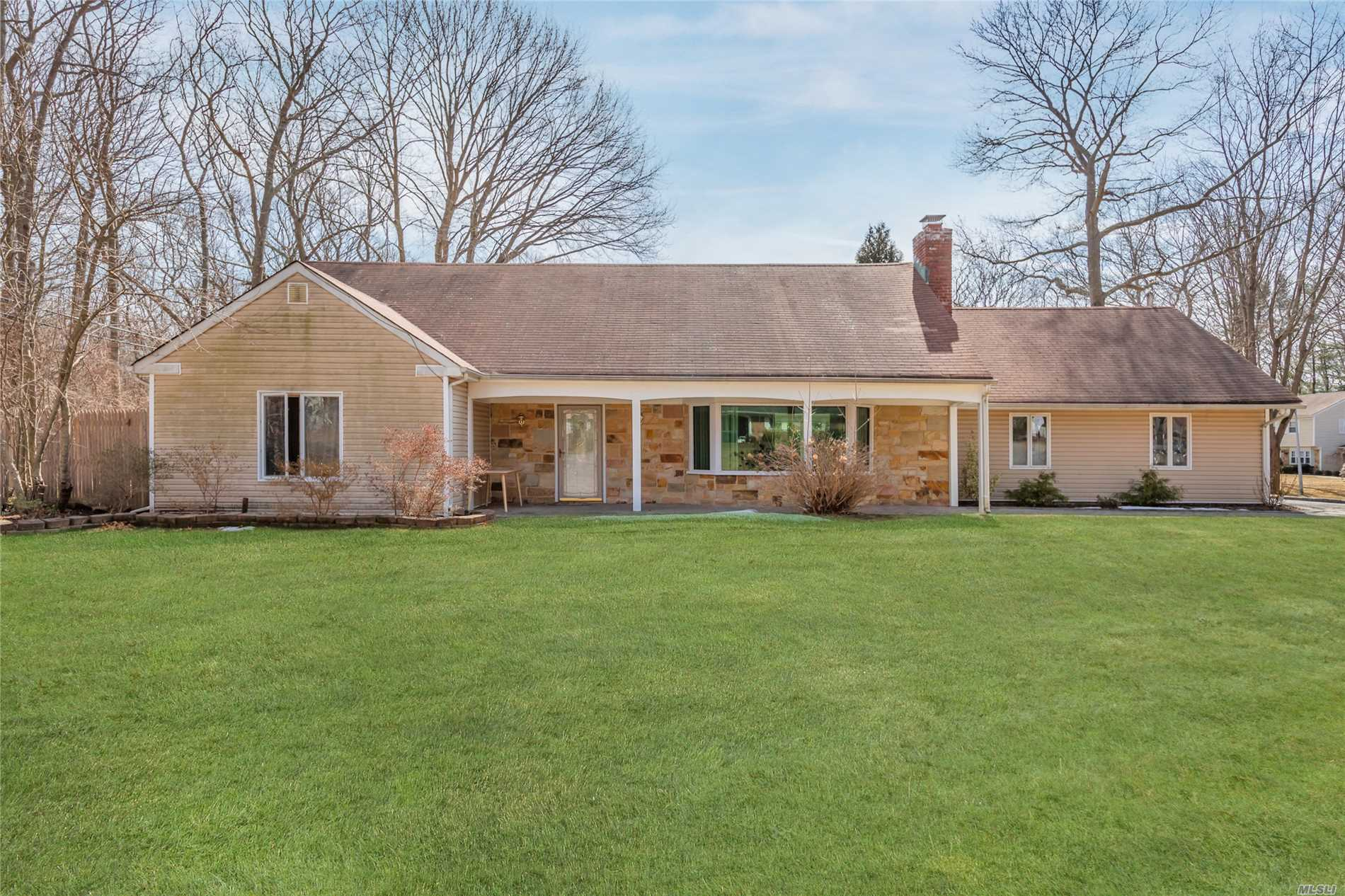 Best Price In Town For This Large Home. Large Farm Ranch In S Section, Very Private Lot. Home Has Many Updates, Cac, Andersen Windows & New W/W Carpet. Potential Mother/Daughter Setup With Proper Permit. Near Stony Brook University, Hospitals, Museums, Beaches & Transportation. 3 Village School. Must See.