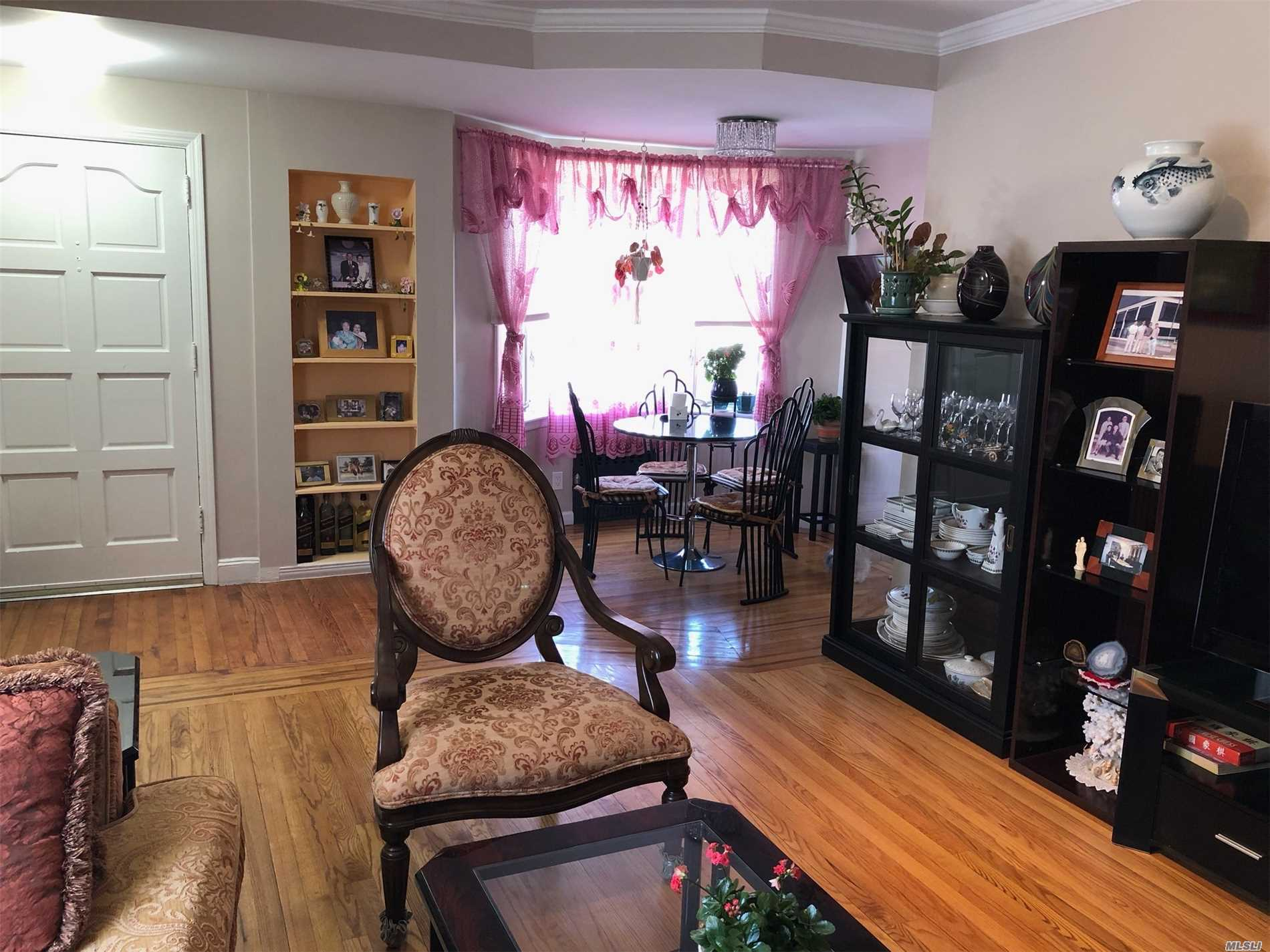 Sunny & Bright home, tree lined Street in heart of Fresh Meadows Mint condition, renovated kitchen and baths, hard wood floor