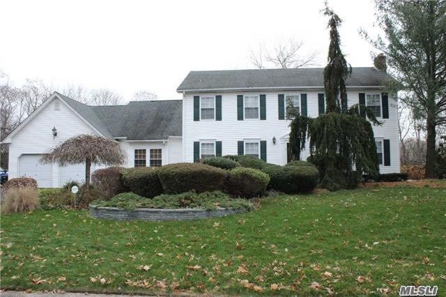 Lovely Heritage Colonial with Beautiful New Granite/Stainless Kitchen, New Baths, FLR w/ FPL & Laminate Floors, Sunken Fam Rm w/ French Doors to Composite Deck and Fenced In-Ground Pool & Loop Loc Cover. Huge Fenced Level Yard. Master Bedroom Suite with Massive Closet, Dressing Rm and Gorgeous New Bath! New Driveway, Kitchen, Updated Burner, HWH, Pool Filter and Cover.