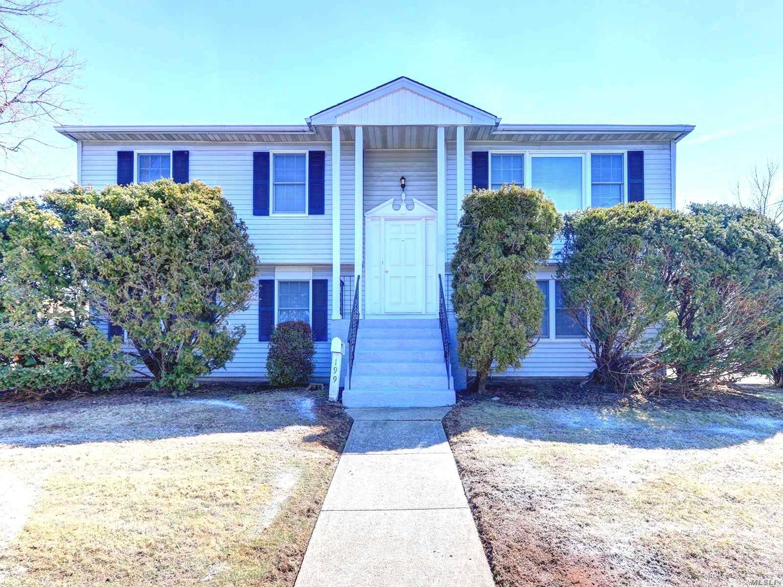 Beautiful Hi-Ranch in Hicksville's prime location! This house has 6 bedrooms and 3 full baths. Huge Eat in kitchen w/SS Appliances, formal dining, attic, office. Possible mother-daughter. Convenient location close to LIRR, places of worship, shopping! Entrance on 1st St. Huge property, must see!!
