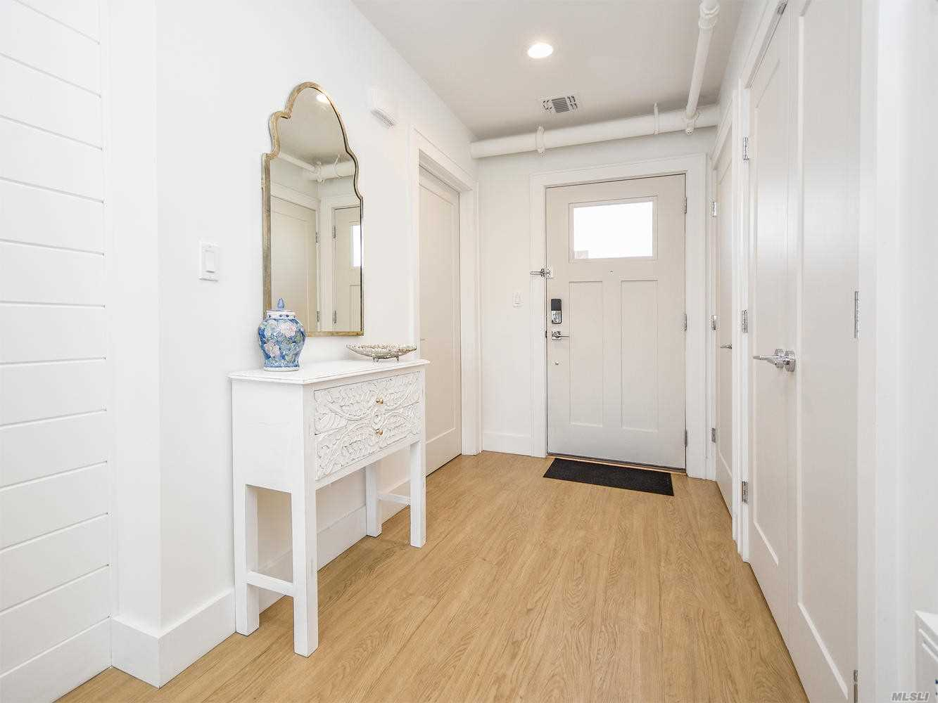 Newly Renovated Building Located In The Heart Of Glen Head. Features City Chic In The Suburbs Loft-Style Apartments. Kitchen And Bath Is Sophisticated And Modern. Full Current Credit Report And References Required. NTN Background Report Required. $35 Fee Per Adult.  Small Dog May Be Ok With Additional Security On A Case By Case Basis.