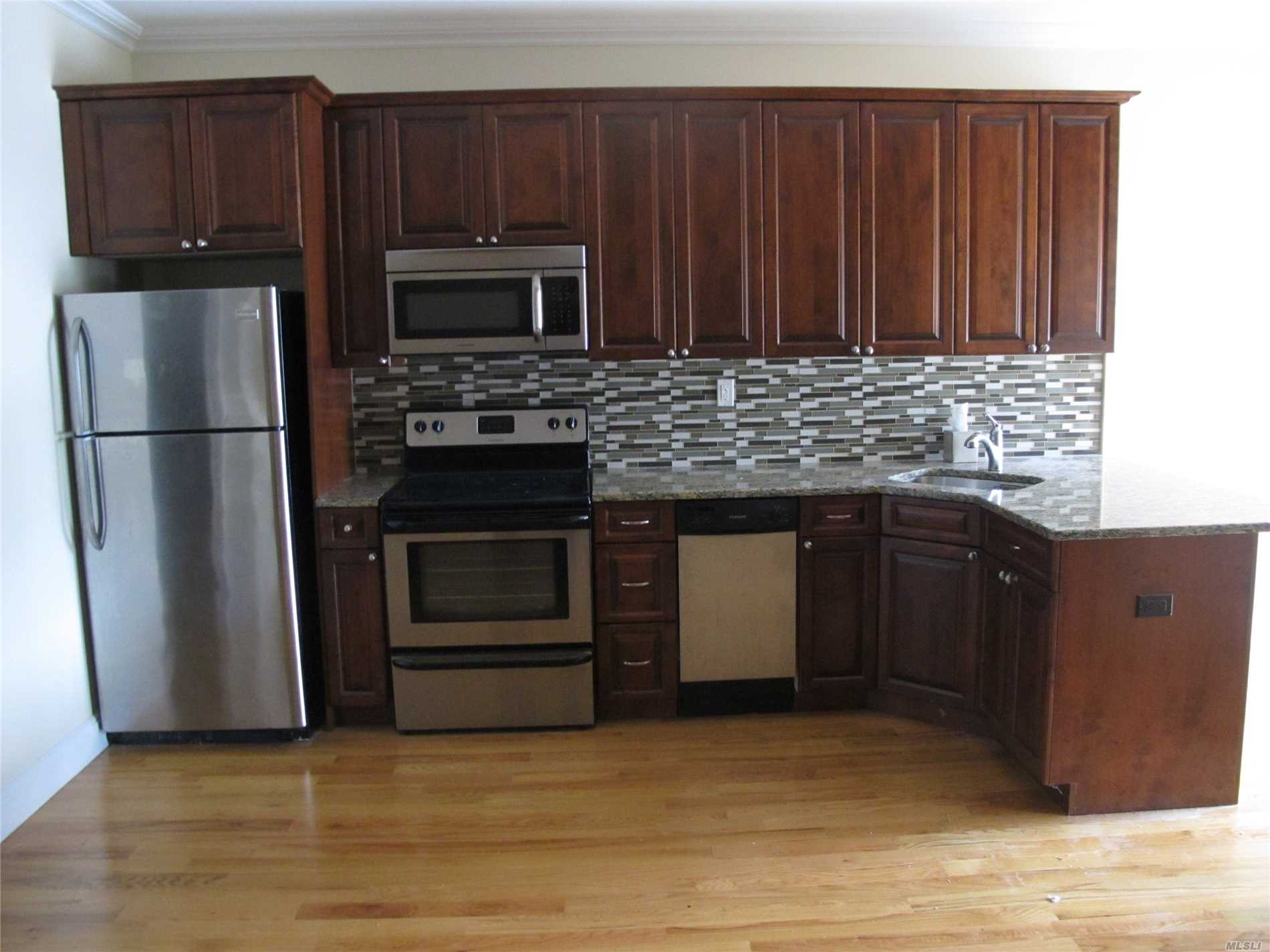 One bedroom upscale apartment in newly renovated building with 16 units. Gym and laundry room in basement. Private gated parking for for tenants use.