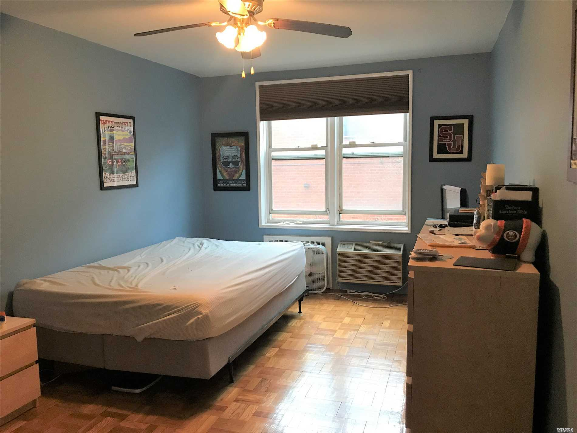 Spacious 1 Bedroom Apt w/ Balcony, Large Living room and 5 closets, Kitchen and Dining area has Window and 3 year old Cook top and appliance, Updated Electricity installation/ Laundry and Bike room, Big Court yard
