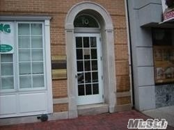 Stunning New Apt In Beautiful Historic Building. W/D Combo, Wood Laminate In Hall And Kitchen. Oak Cabinets. High Ceilings. Private Basement Storage Room