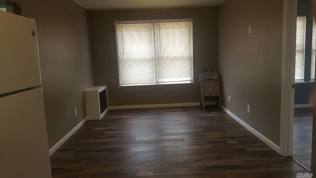 VERY NICE APARTMENT. ALL REDONE. CLOSE TO TRAIN STATION, HIGHWAYS, SHOPPING.