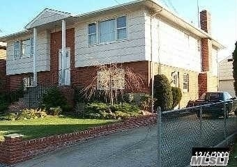 Beautiful spacious, freshly renovated 2 Br apartment with full bath, separate kitchen, closet.