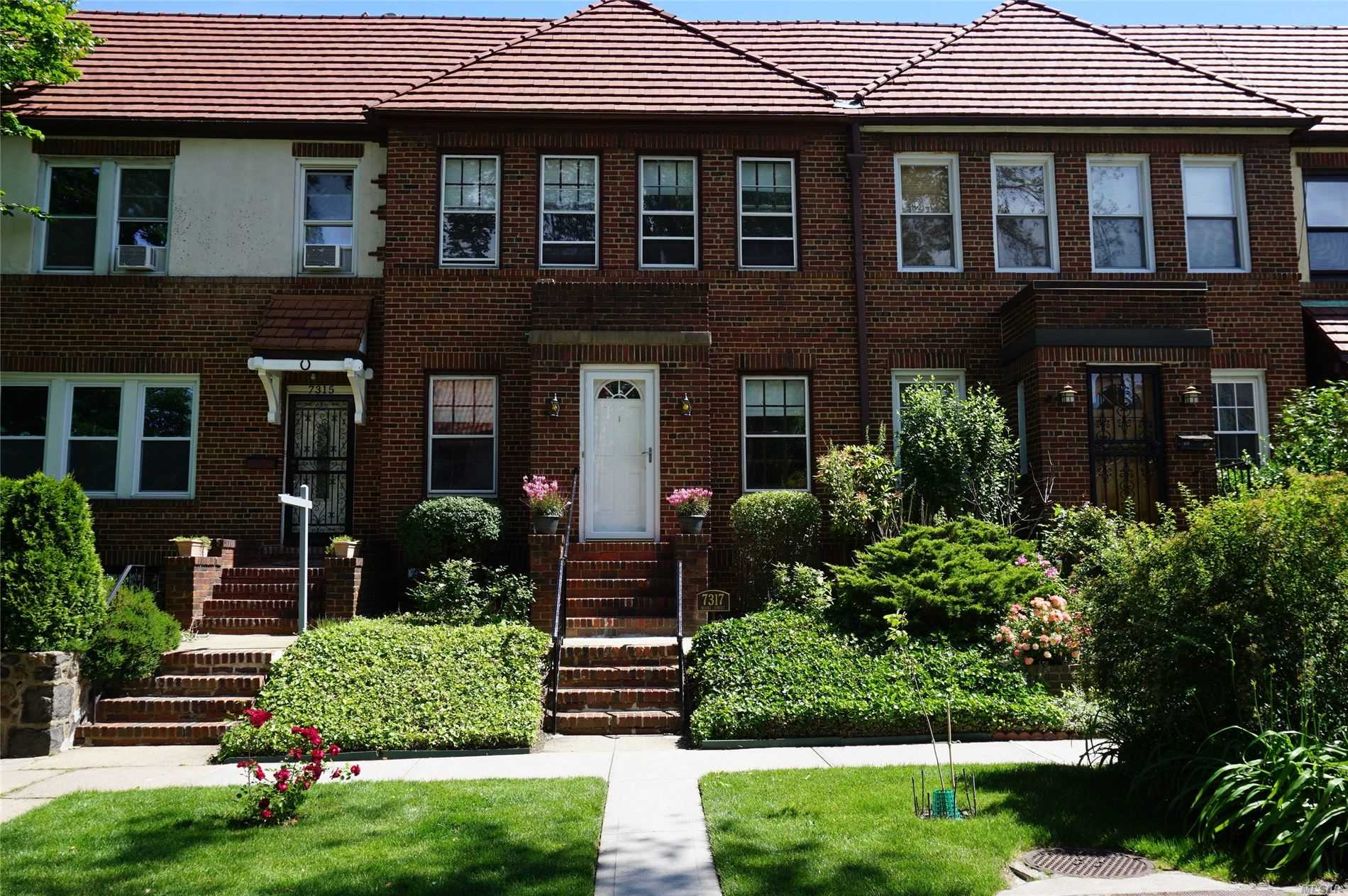 Great Opportunity: Elegant 1-Family brick bordering Forest Hills Gardens. Features lots of natural sunlight, abundant character, high ceilings, and old-world charm. Original owner. 1-car garage. Close to subway/LIRR. 15 minutes to Penn Station. Convenient to shopping, schools, movie theatre, and restaurants.