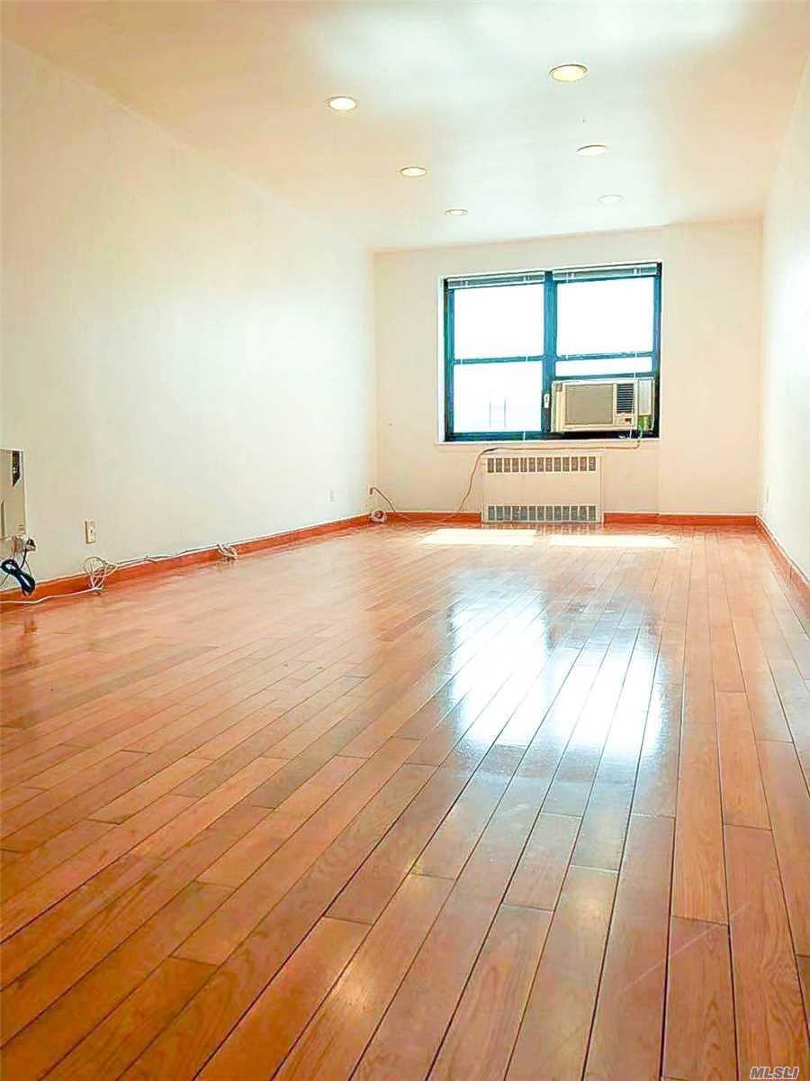 Excellently Priced, Move-In Ready Co-Op In Quiet, Safe, & Beautiful Neighborhood Of North Flushing. Recessed Lighting, Stainless Steel Appliances, Oak Wood Floors, 2 Spacious Bedrooms, & Full Dining Room, Property Is Well Kept In A Well Managed Building. Many Supermarkets, Restaurants, & Schools Nearby. Easy Commute W/ Whitestone Expwy, Cross Island Pkwy, Grand Central Pkwy, Buses: Q16, 20A, 20B, 34, 44, 50 & Manhattan Express Buses: Qm2, Qm20, Qm32. Maintenance Includes All Utilities & Taxes!!!