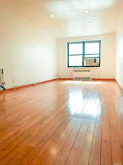 BOM Excellently Priced, Move-In Ready Co-Op In Quiet, Safe, & Beautiful Neighborhood Of North Flushing. Recessed Lighting, Stainless Steel Appliances, Oak Wood Floors, 2 Spacious Bedrooms, & Full Dining Room, Property Is Well Kept In A Well Managed Building. Many Supermarkets, Restaurants, & Schools Nearby. Easy Commute W/ Whitestone Expwy, Cross Island Pkwy, Grand Central Pkwy, Buses: Q16, 20A, 20B, 34, 44, 50 & Manhattan Express Buses: Qm2, Qm20, Qm32. Includes All Utilities & Taxes!!!