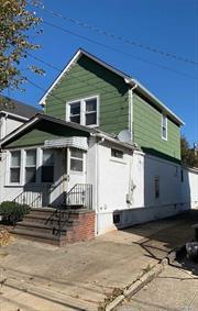 Real Estate , Price between 300000-500000