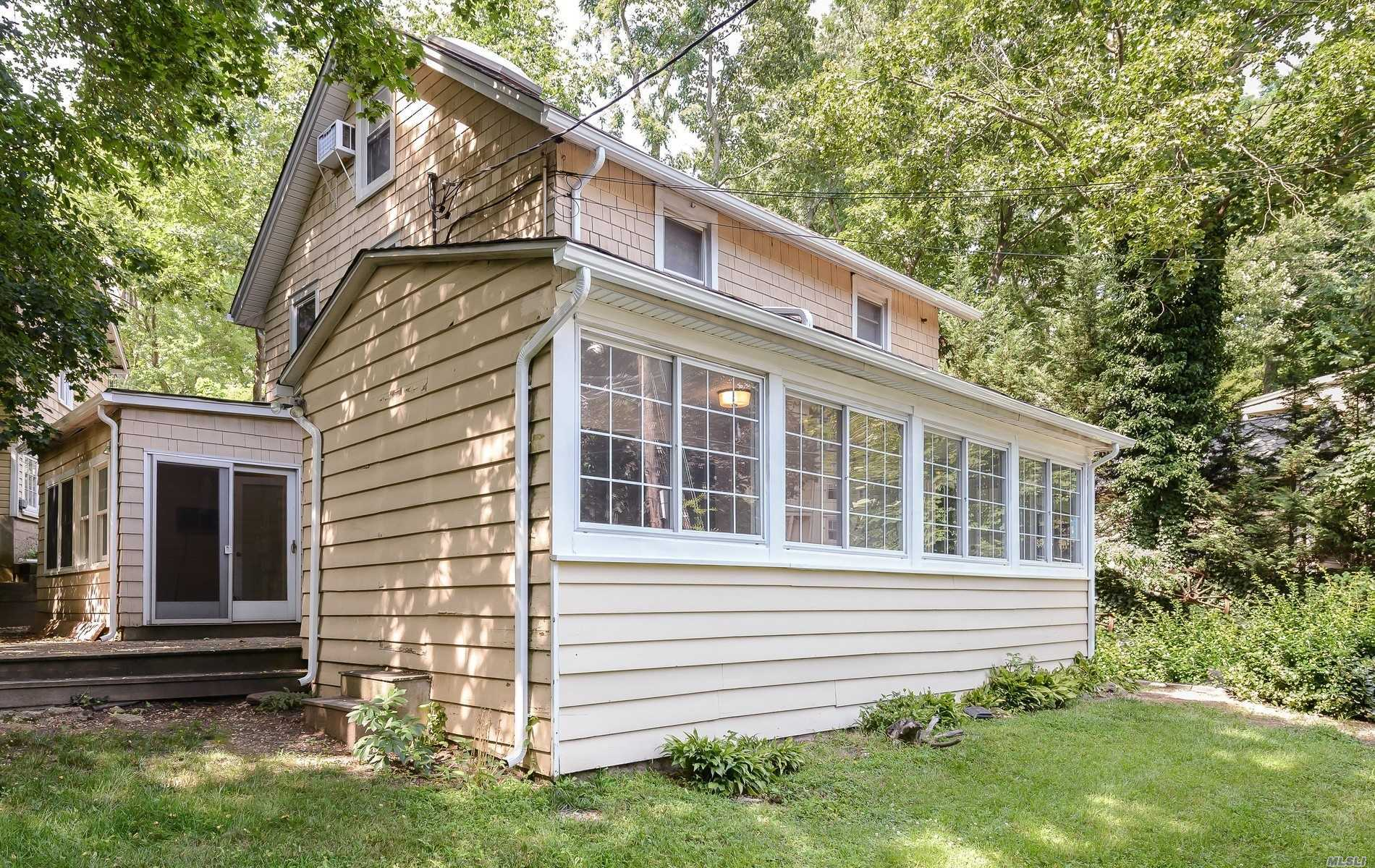 Beautiful Newly Renovated, Bright & Sunny with Private Patio Off Master Bedroom, Private Entrance. Utilities Included. One Dog Under 20lbs.