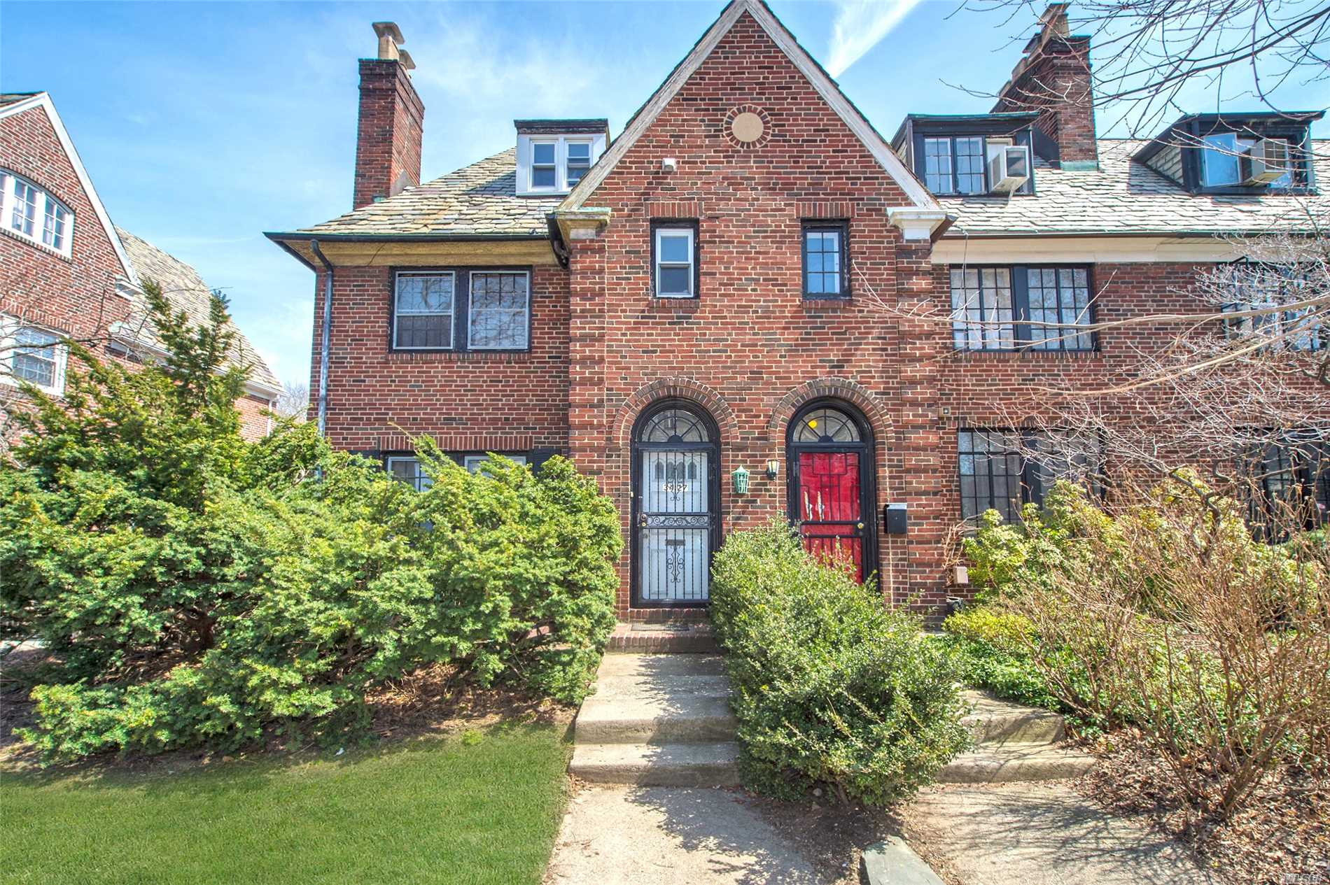 Beautiful English Garden House located in the coveted historic district of Jackson Heights. House is situated on a large 32?100 lot on a tree lined block. This house features 5 bedrooms along with 3 full bathrooms. Rare opportunity to own this Semi-Detached Gem!