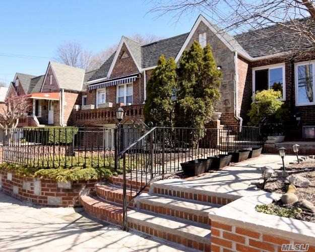 Best Value in all of Maspeth. Be the first to view this meticulously updated home. Tray ceilings, designer kitchen & bath are only some of the upgrades. Hw floors and fresh paint. Enhance your living experience in this breathtaking property. Bring all your friends and entertain in one of the nicest backyard in town to be found