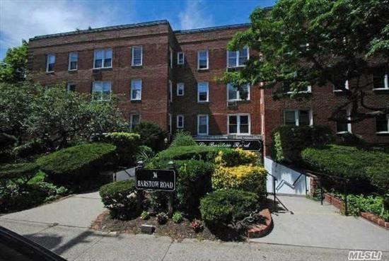 Spacious and Sunny 1 Bedroom , 1 Bath Apt With a New Kitchen. Renovated Lobby and Hallways. Laundry in Lobby Floor.