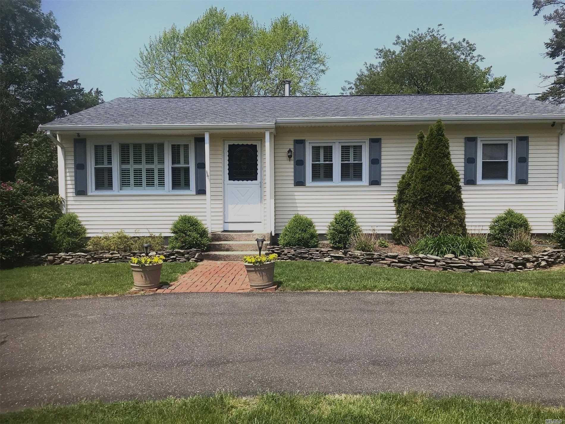 Charming Set Back Ranch with 3 Bedrooms & 2 Bathrooms. Dinning Room and Living Room. Park like grounds, (room for pool). Hardwood floors throughout. Updated kitchen. CAC Desirable quiet area. Eastport is a great place to live located in Southampton Township with Low Taxes. Close to town, beaches, wineries. Must see to appreciate!