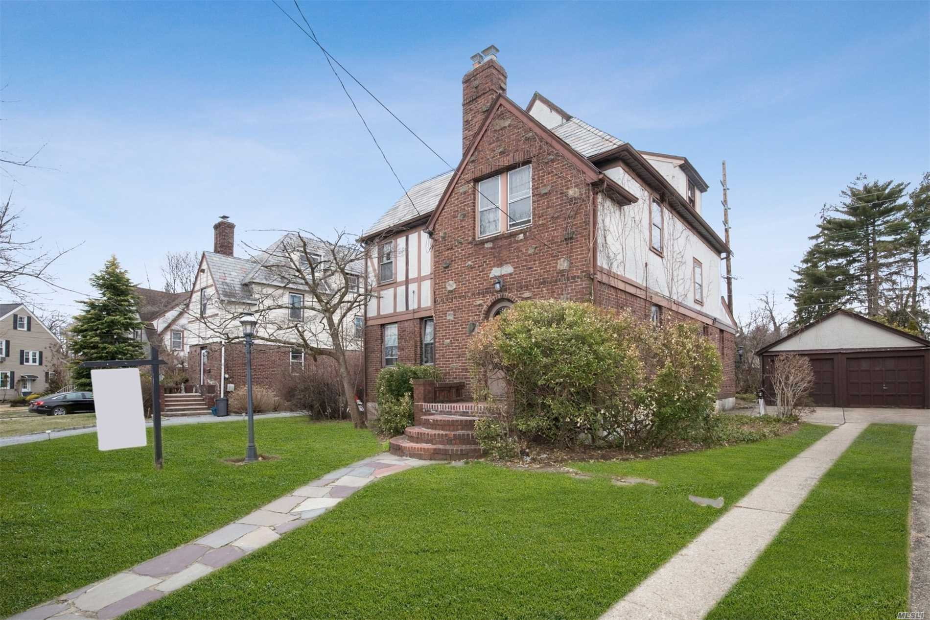 Grand Old Tudor In Need Of Full Face Lift! Handy folks/investors! Hempstead Village, Border W. Hemp/Garden City. Lovely Tree-Lined, Dead-End Street w/other Brick Tudors & Capes That Show Pride Of Ownership. Spacious Layout & Large Rooms! Open Lr, Formal Dr, Large Eik, Wood Floors In Lr/Dr And Bedrooms. Full Size Attic- Tons Of Storage! Newer HW heater & furnace.Near Major Transportation Arteries, Schools, Colleges. Many Possibilities! Don't Miss This Chance To Wake Up This Grand Old Property!