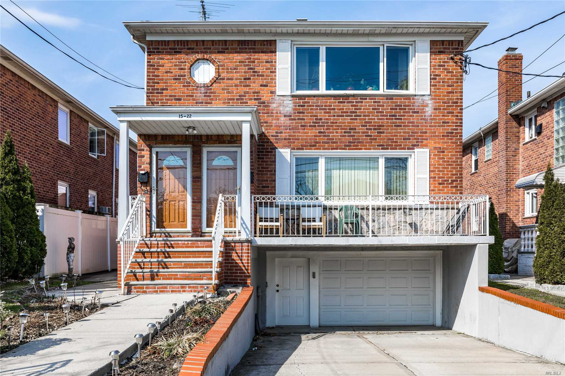 Beautiful 2 Family Detached All Brick Home Featuring Spacious 3BR Over 3BR Apartments Plus Full Finished Basement and Beautiful Manicured Back Yard. Convenient Location!